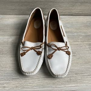 Clarks artisan loafers driving moccasins